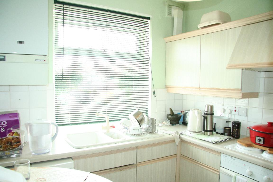 1 Bedroom Apartment Flat for sale in Montpelier Rise, NW11